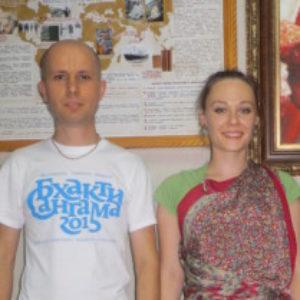 Логотип группы (Нама-хатта Юрий Шкромида, Наталия Шкромида)
